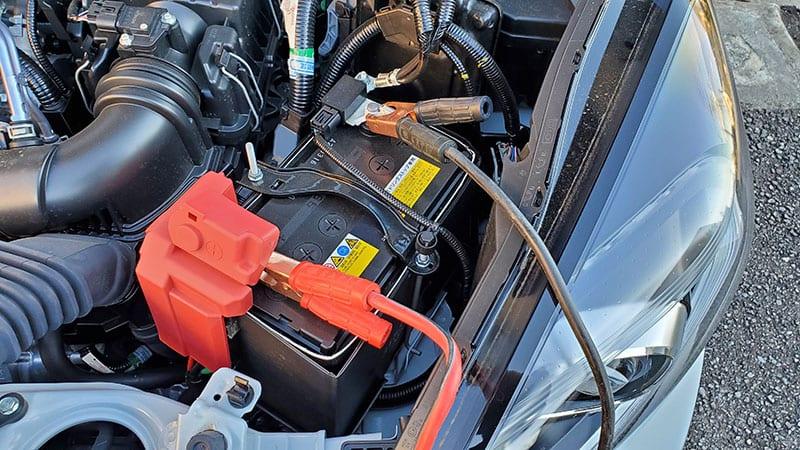 が かからない の エンジン 車 車のエンジンがかからない!バッテリー以外に考えられる5つの原因。